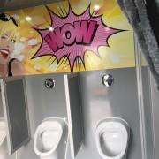 Trendy-WC Wagen Urinalbereich_